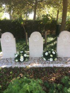 De stenen op de begraafplaats Monster